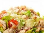 Раиса расскажет все про приготовление салата с курицей