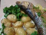 Картошка с рыбой в духовке