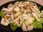 Салат с грушей и сыром для гурманов от Пчелки
