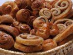 Варианты как сделать красивые булочки из дрожжевого теста