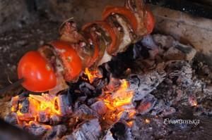 зажарить шашлык из печени на мангале