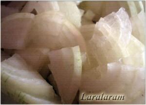 Немецкий капустный салат «День простоять, да ночь продержаться…» Лук полукольцами