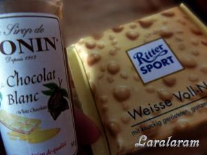 """Десерт """"Клубника в Простоквашино"""". Сироп от Монин и белый шоколад"""