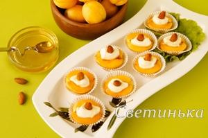 летнее блюдо с абрикосами