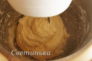 замесить тесто для лепешек