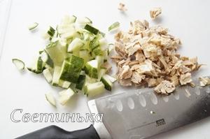 нарезать начинку для салата