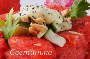 вкусный салат с арбузом
