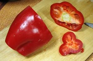 подготовить для салата красный перец
