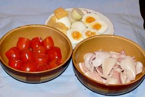 подготовить ингредиенты для фаршировки помидоров