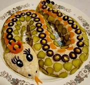 Красивица-змея как новогодний салат!