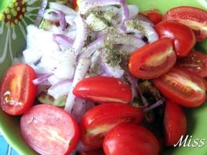 соединить перловку с овощами