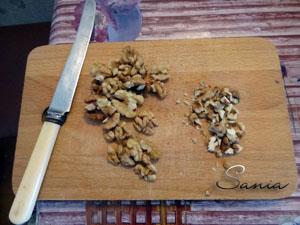 Грецкие орехи нарубить