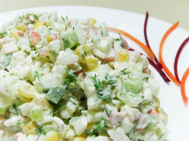 Салат из крабовых палочек обычный рецепт 79