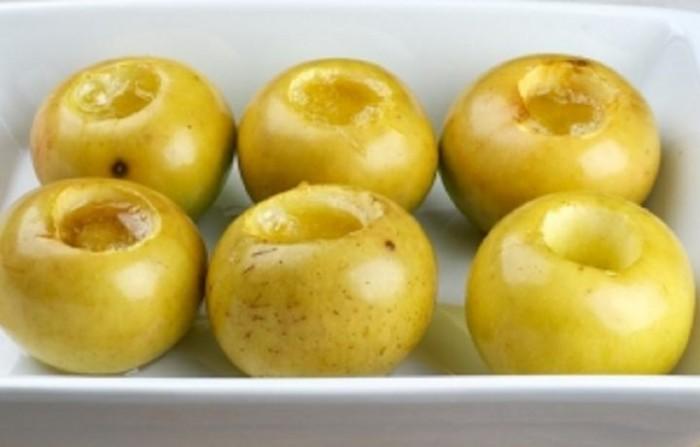 Как сделать печёное яблоко в микроволновке