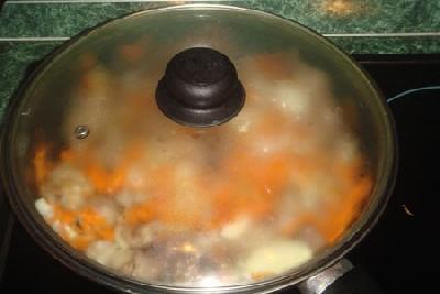 Мясо в кастрюле на плите рецепт