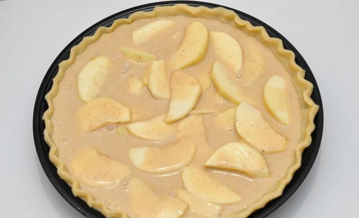 Яблочный пирог в песочном тесте