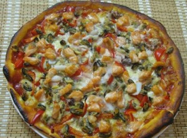 Приготовить пиццу в домашних условиях с морепродуктами