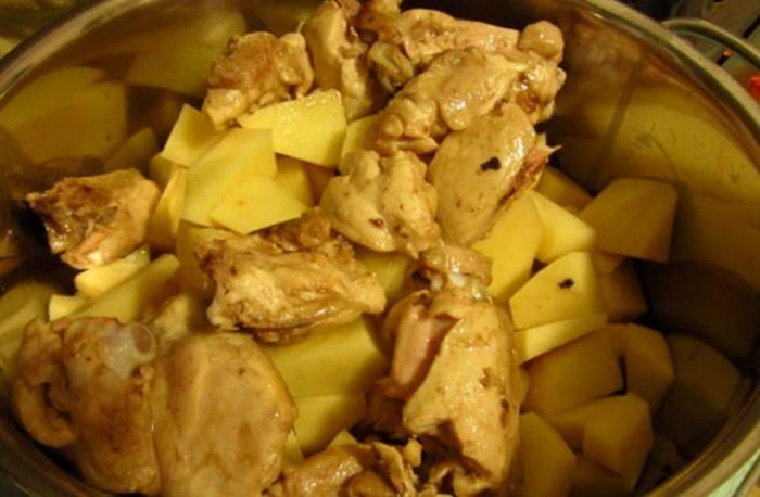 Тушеная курица в кастрюле рецепт пошагово